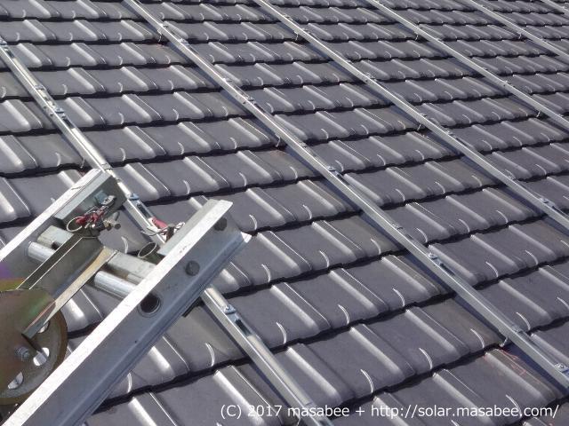 太陽光架台の設置状況(垂木方向)